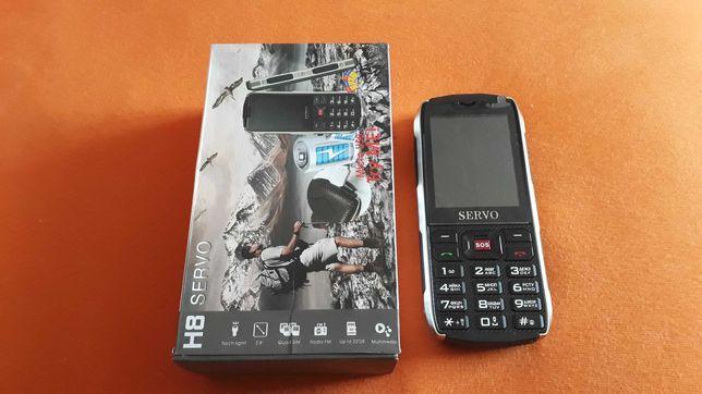 Servo H8, новий захищений телефон на 4 сім карти.