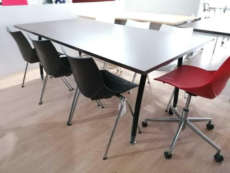Mesa de reuniões 200x100 preta / wenguê