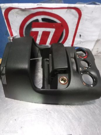 Consola / Moldura Central Fiat Punto 188 99-04