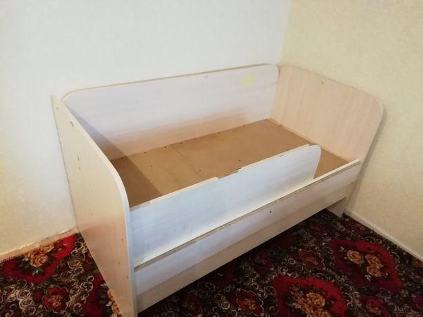 Детская кровать 70х140