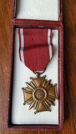 krzyż PRL medal zasługi