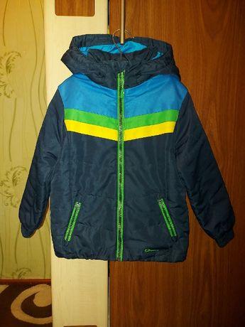 Demix куртка весна осінь