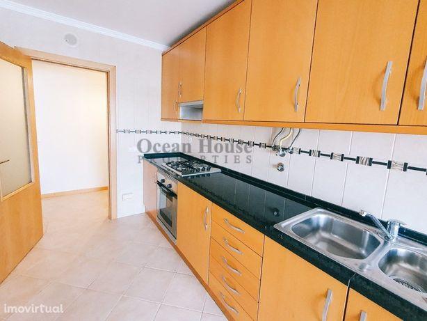 Apartamento T2 com garagem próximo do Hospital Lusíadas, ...
