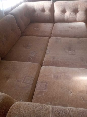 Мягкий диван- уголок