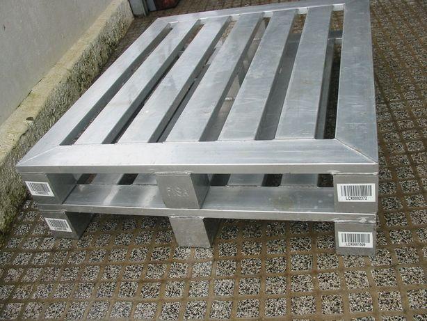 Paletes em aluminio