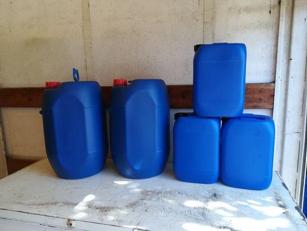 Bidons novos 30 litros e de 10 litros