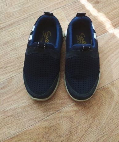 Детские кроссовки 24 размер