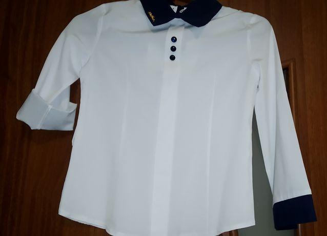 Продам блузку размер 128