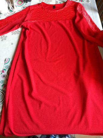 Czerwona Sukienka  48