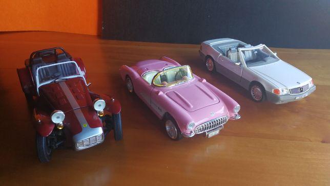 Miniaturas 1/24 carros antigos coleção