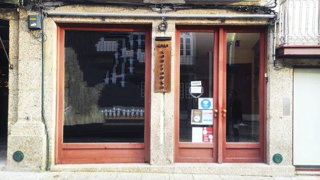 Arrendo loja no centro histórico em Guimarães  R/C.
