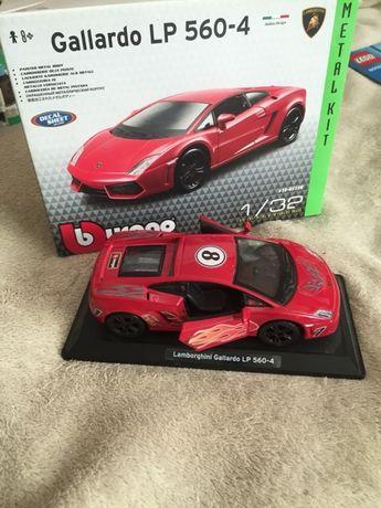 Масштабная модель автомобиля Lamborghini 1/32