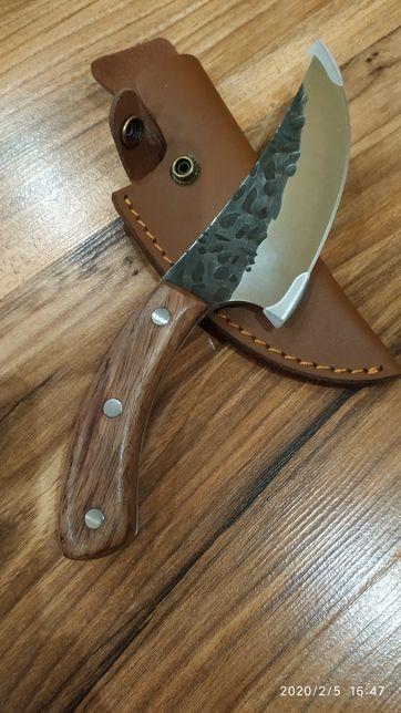 Нож Кованый кухонный ручной работы.Акция.