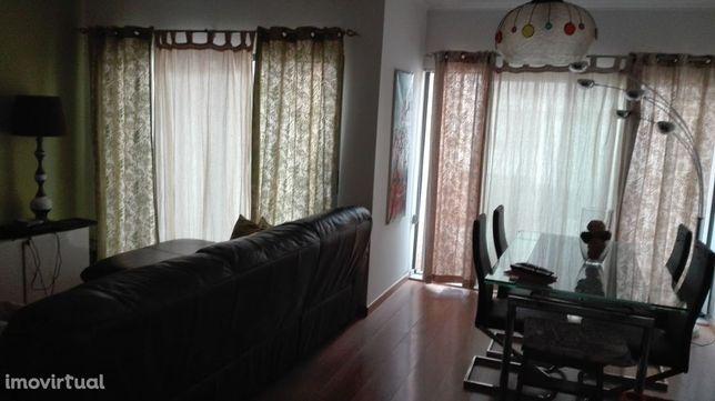 Apartamento T3 para venda perto do Retail Center Beja