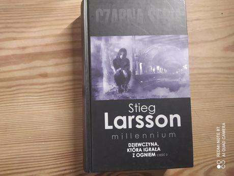Stieg Larsson Dziewczyna która igrała z ogniem