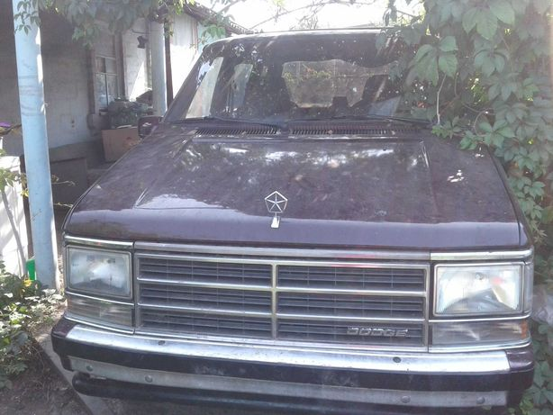Продам Dodge Caravan 7 мест