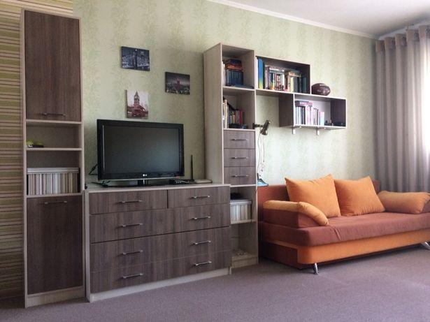 Продаётся мебель для комнаты подростков.