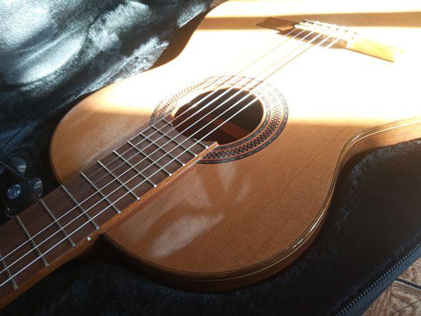 Paco Castillo гитара концертная классическая + кейс