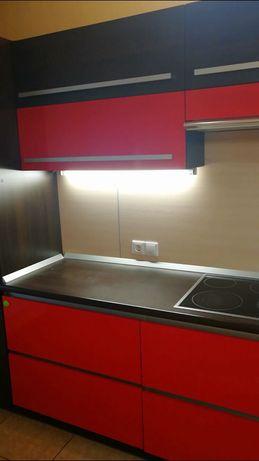 Продам встроенную кухню бу срочно
