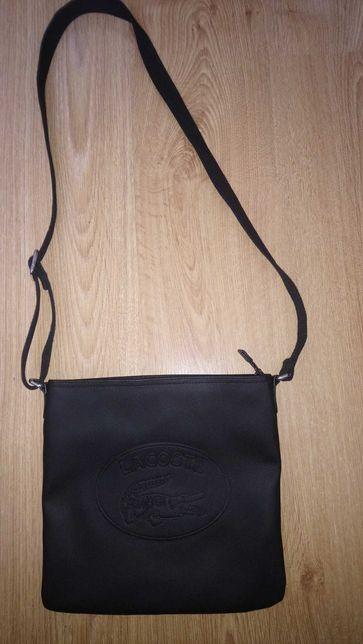 Lacoste, czarna torebka  listonoszka