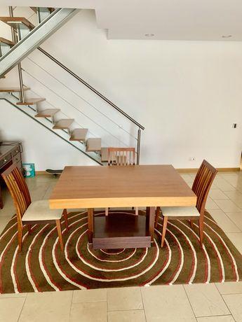 Mesa de janatar em madeira extensivel