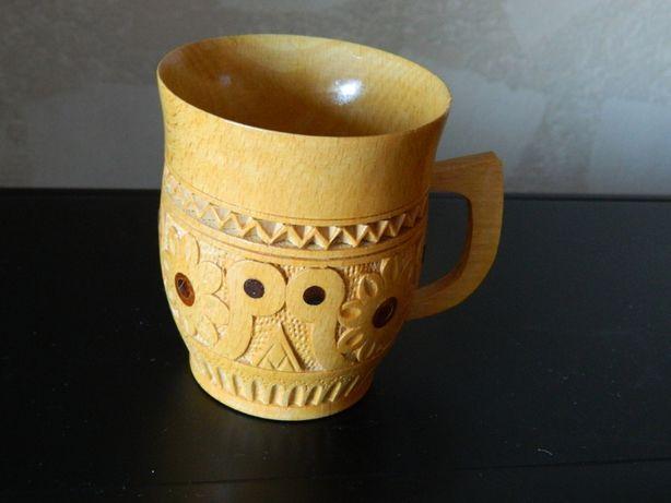 Деревянная чашка кружка украшена резьбой и инкрустацией 60-70 гг