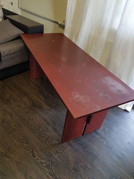 Деревяный стол журнальный
