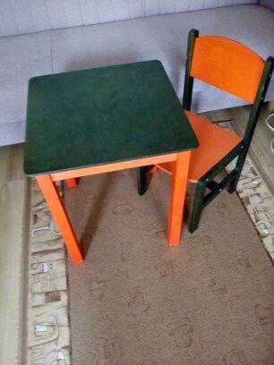 Zestaw stolik+krzesełko