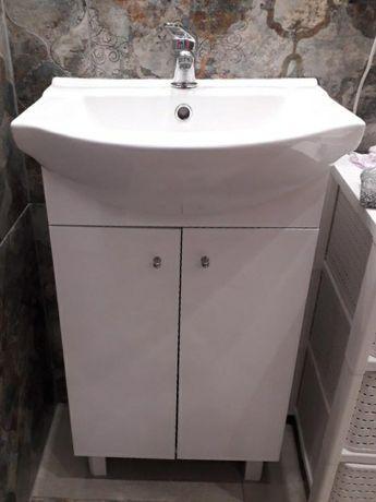 Rezerwacja - Szafka łazienkowa z umywalką