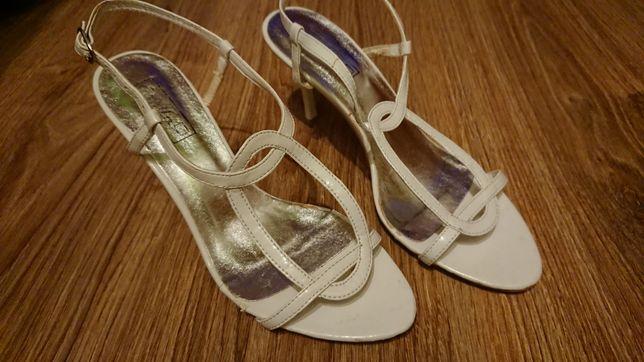 Sandały szpulki białe roz 37