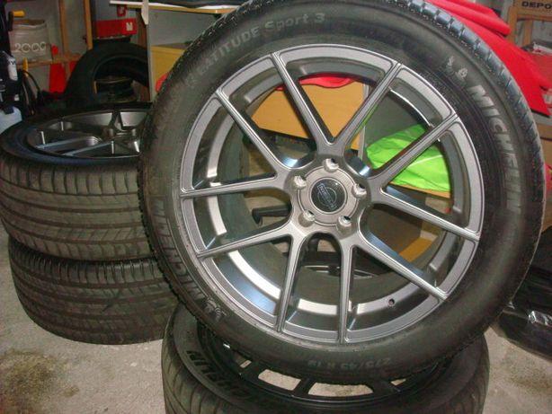 """Jantes Nissan 19"""" ET 30 + 4 Pneus Michelin Latitude Sport 3"""