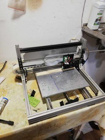 Установка для лазерной застветки фоторезиста (HLDI)