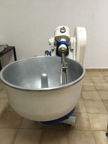 Amassadeira - 100kg - usada como nova