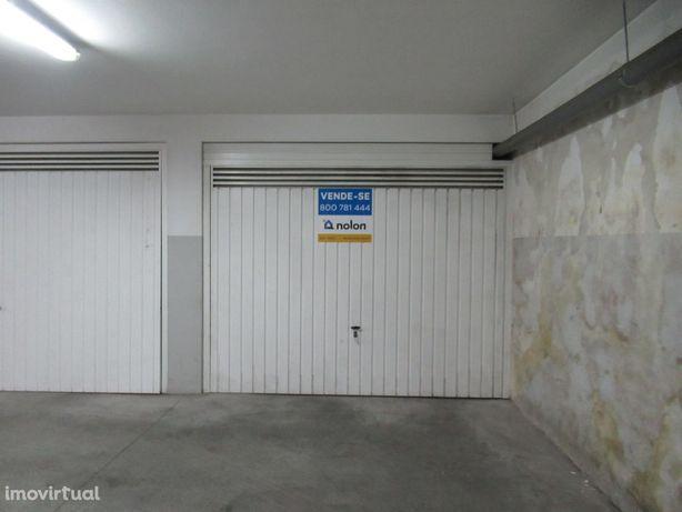 Garagem, 24m2, Vilarinho, Lsa