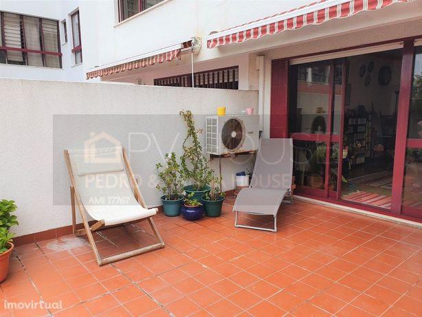 Apartamento T2 na Figueirinha-Oeiras