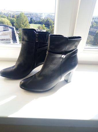 Шкіряні черевики