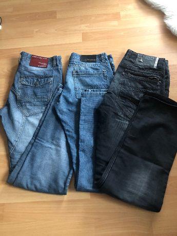 Zestaw 3 pary spodni jeansów, rozmiar M, prosta nogawka