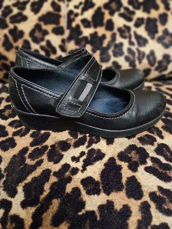 Туфли натуральная кожа на танкетке 35 размер