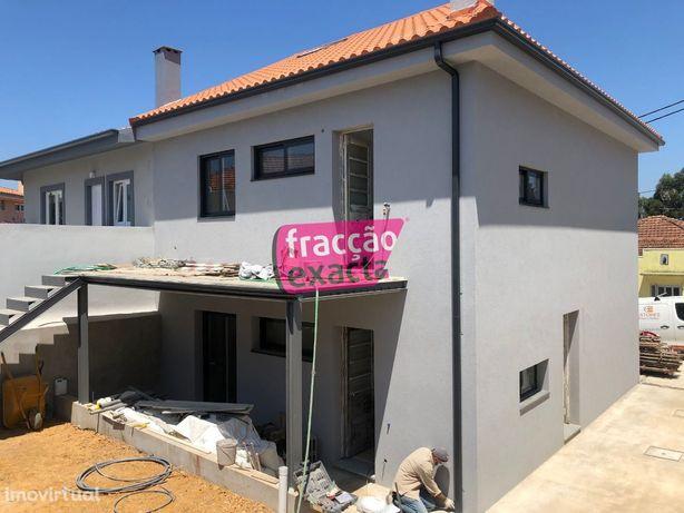 Andar Moradia T3 Duplex Renovado ao Calvário - Gondomar - 21.14/018 1º