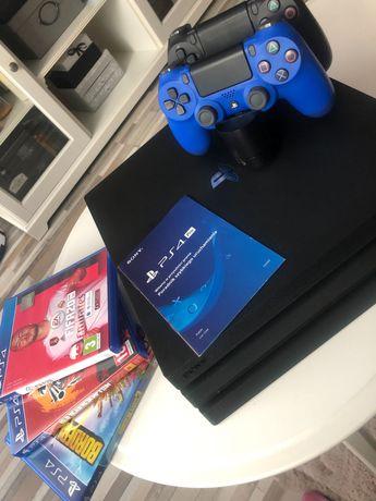 Konsola PS4 PRO na gwarancji + dwa pady