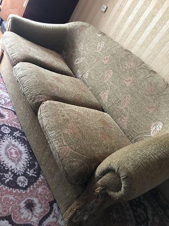 Продам розкладний диван з кріслом (самовивіз)