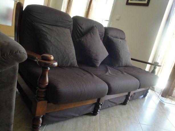 150   Sofá rústico