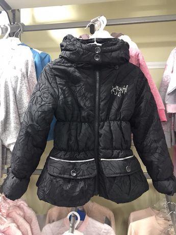 Куртка детская демисезонная фирмен. для девочки Desigual,рост 104 б/у.