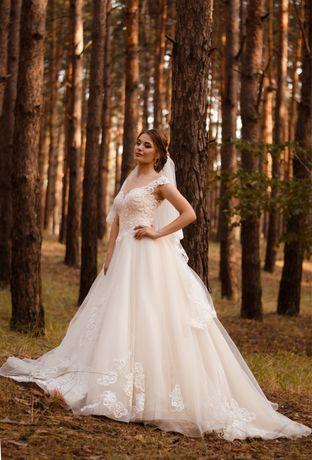 Свадебное платье, весільна сукня (возможен торг)
