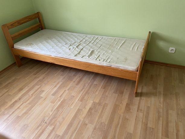 Lóżko drewniane