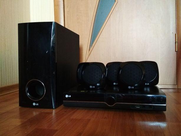 Караоке LG LH-355SD на 300 Вт USB ЮСБ DVD MP3 Домашний кинотеатр
