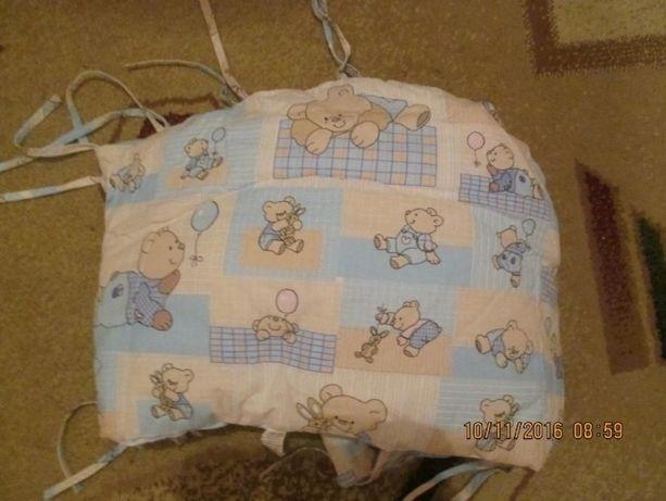 защита на детскую кроватку с балдахином