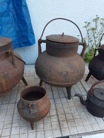 4 potes de ferro fundido