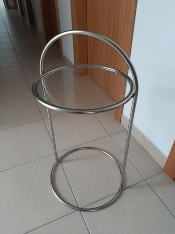 Mesa com tampo vidro