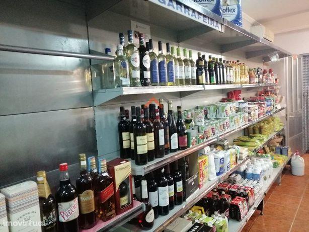 Mini-Mercado com ótima clientela e tradição!!